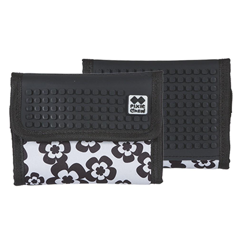 Kreativní pixelová peněženka černo bílé květy
