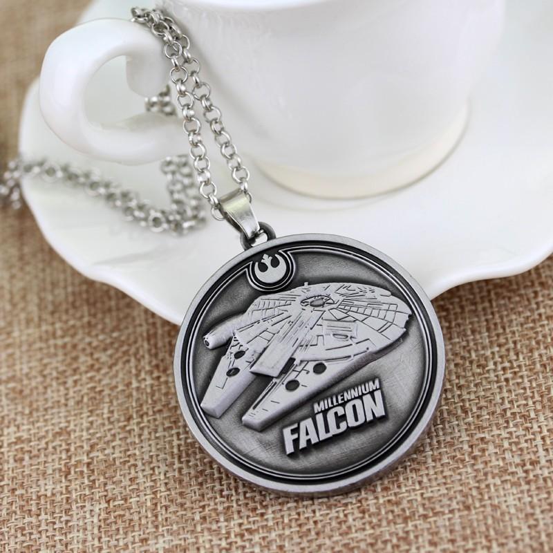 Star Wars Millennium Falcon náhrdelník kulatý