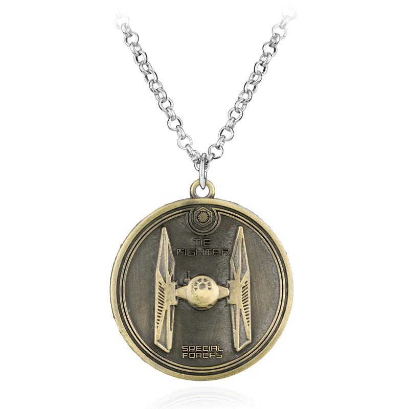 Star Wars TIE Fighter náhrdelník kulatý
